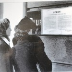 """Plakat: """"Opprop til de norske soldater og det norske folk"""" undertegnet av den tyske kommandør Von Falkenhorst utstedt i april 1940. Fotograf ukjent. Eier: Arbark"""
